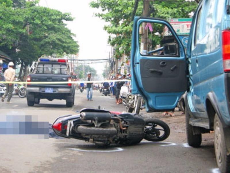 Xử phạt lỗi mở cửa xe bất cẩn gây tai nạn 1