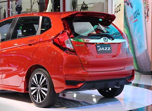 Honda Jazz - mẫu Hatchback 5 cửa lần đầu tiên được ra mắt tại Việt Nam 6.