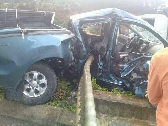 Một số hình ảnh hiện trường vụ tai nạn với chiếc Ford Ranger: 4.