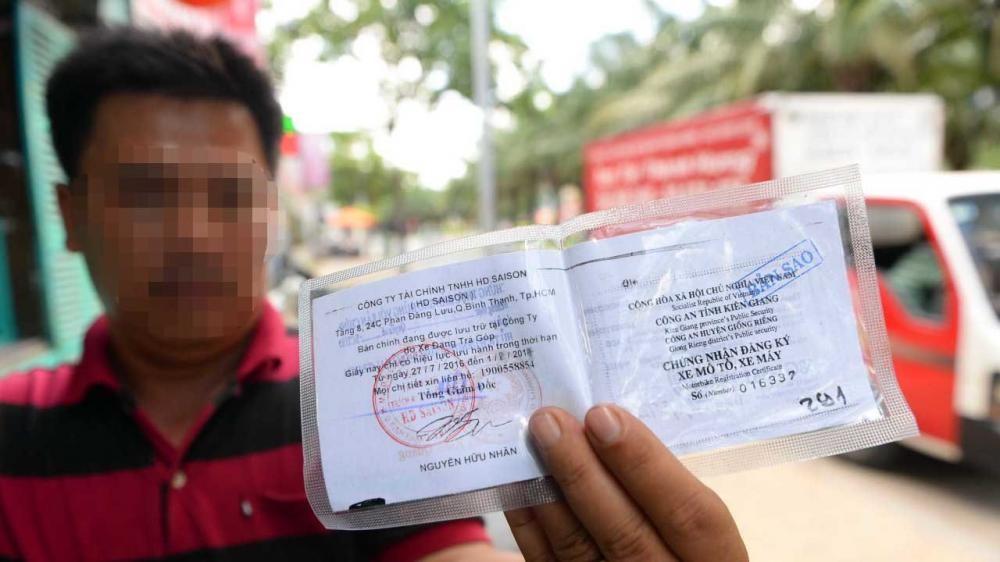 Có thể dùng bản sao có chứng thực Giấy đăng ký ô tô thay cho bản chính 1