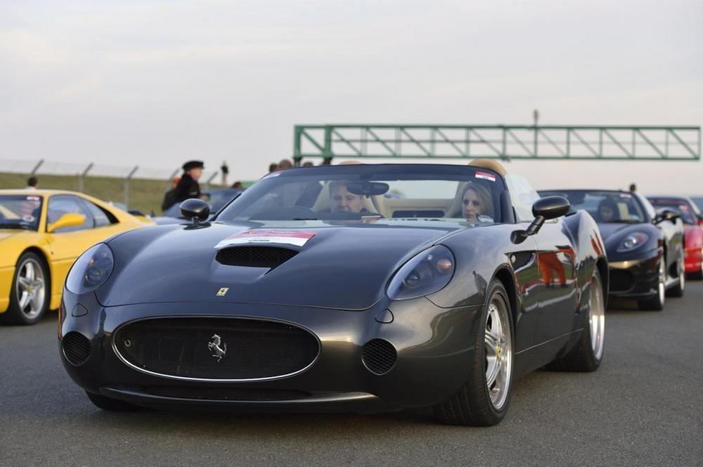 10 siêu xe Ferrari độc quyền dành cho tỷ phú 07