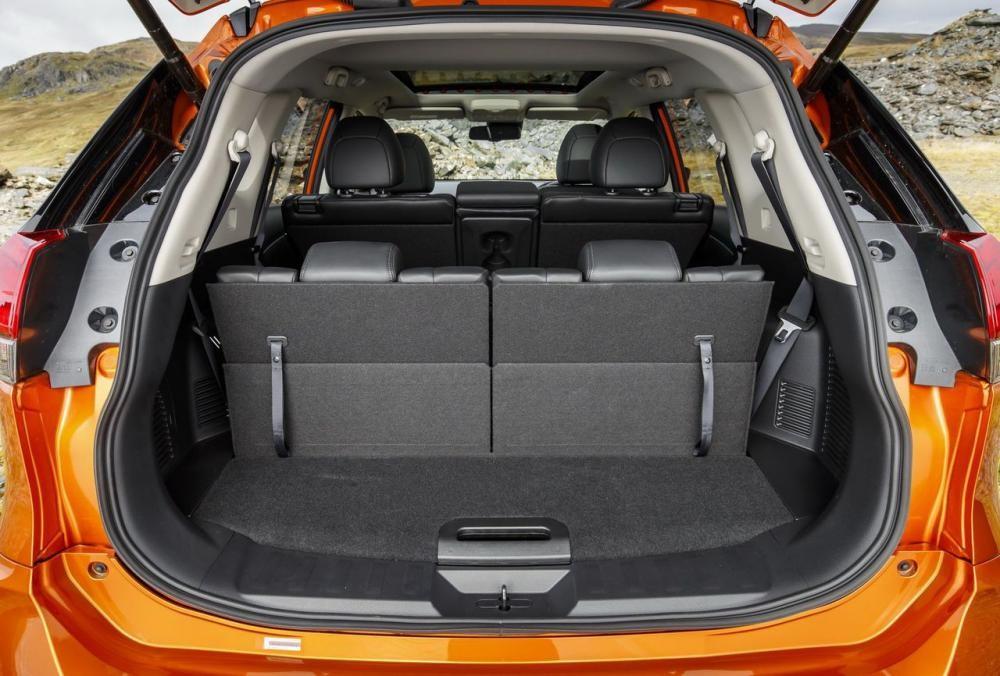 cốp xe Nissan X-Trail 2018 6