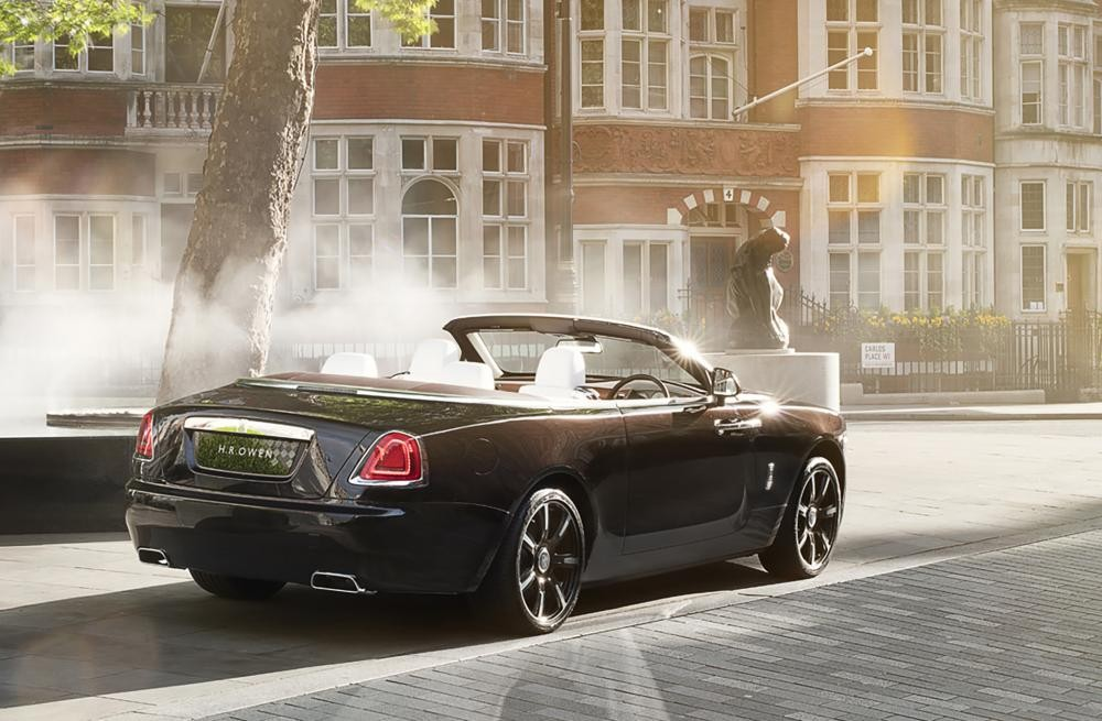 đuôi xe Rolls-Royce Dawn Mayfair Edition 6