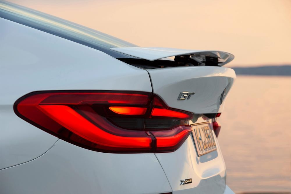 đèn xe BMW 6-Series GT 8