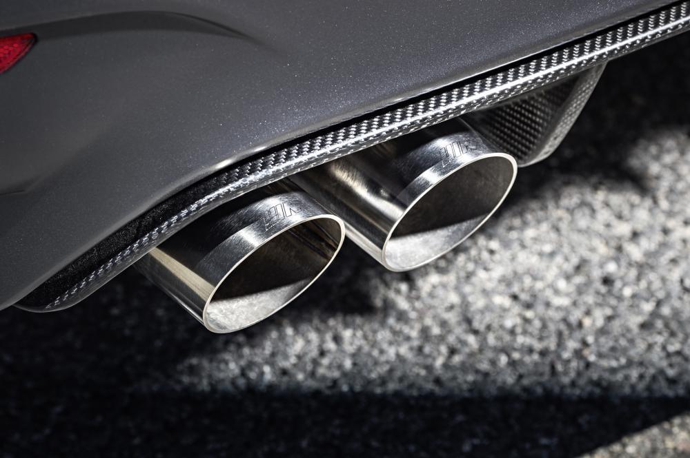 ống xả BMW M4 GTS 8