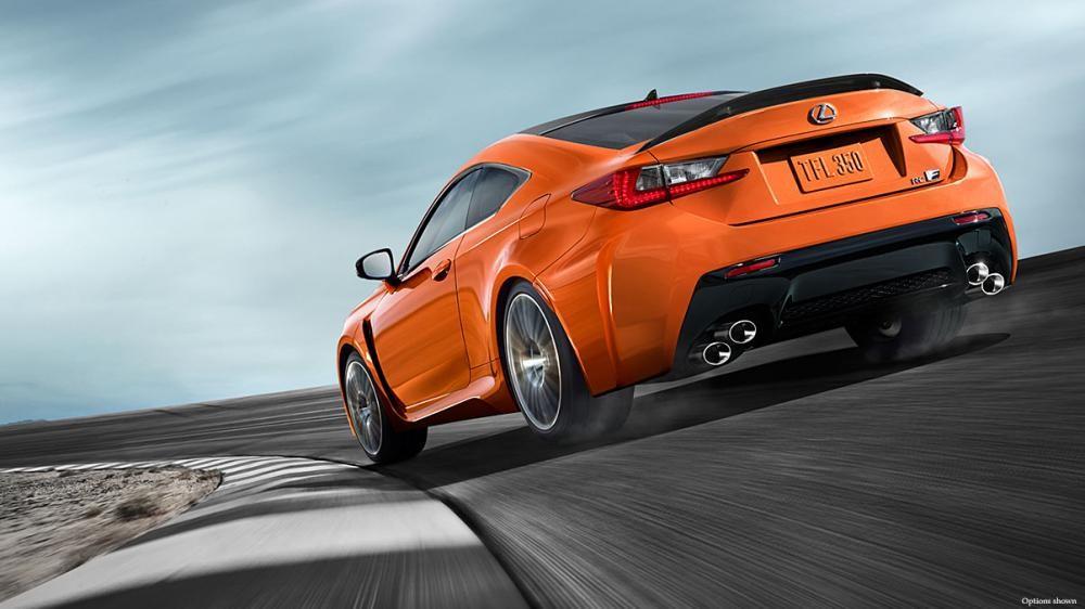 đuôi xe Lexus RC F màu cam 3