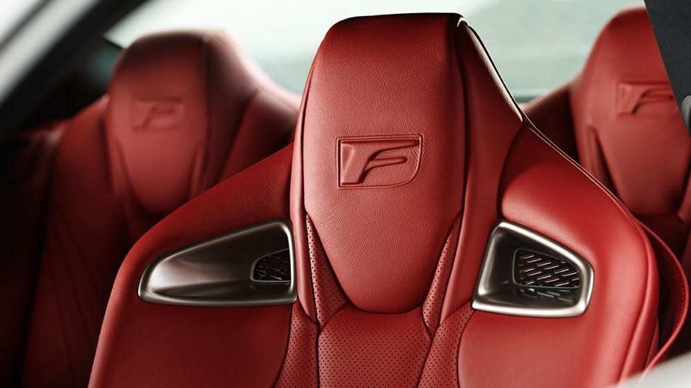ghế xe Lexus RC F 13