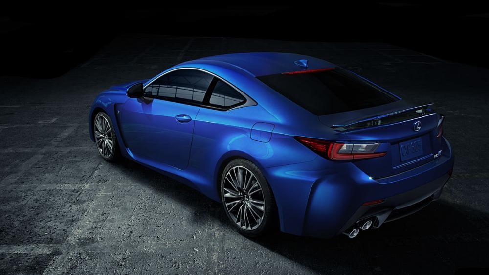 đuôi xe Lexus RC F màu xanh 9