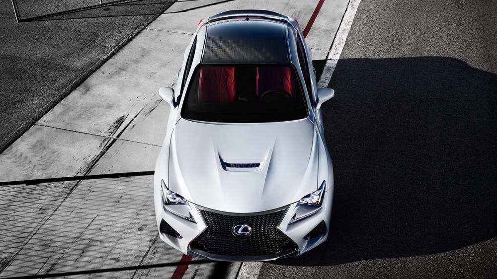 đầu xe Lexus RC F màu trắng 5