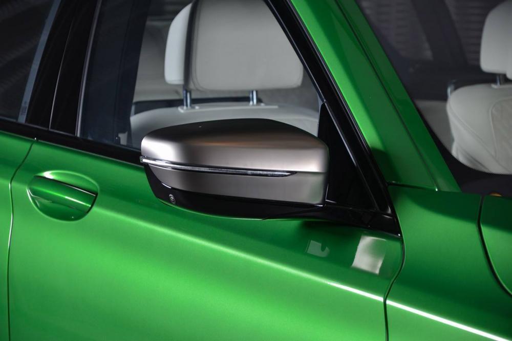 gương chiếu hậu BMW M760Li Rallye Green 9