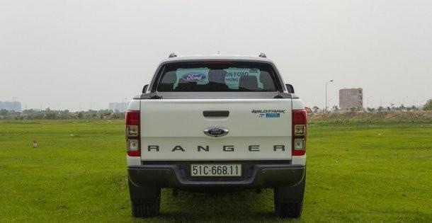 Đuôi xe của Ford Ranger 2016