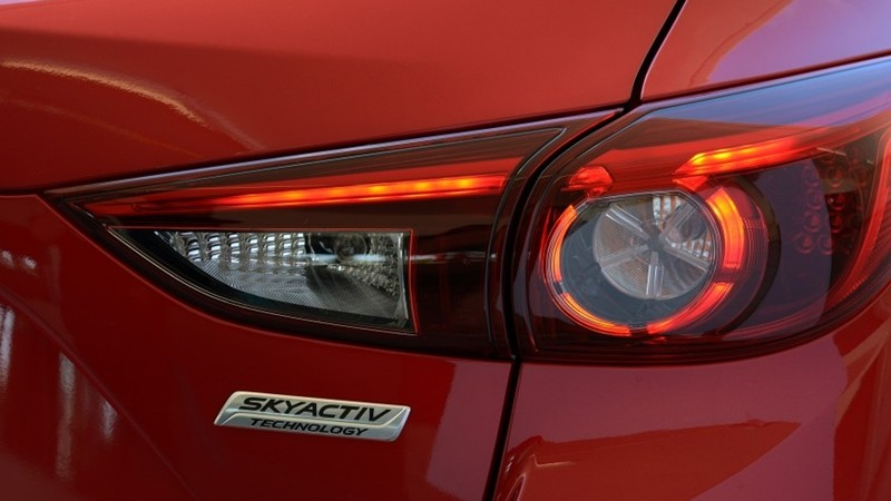 Đèn hậu Mazda 3 2017 4