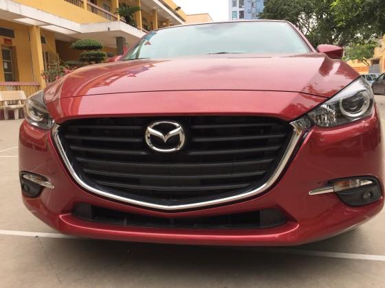 Lưới tản nhiệt Mazda 3 2017 2