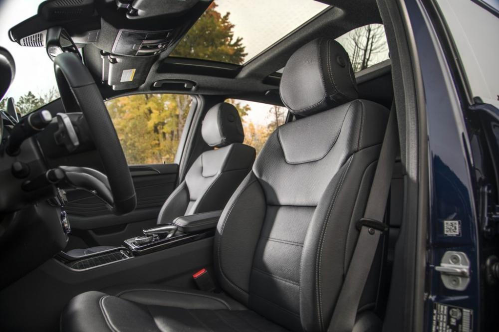 ghế trước Mercedes-AMG GLE43 11