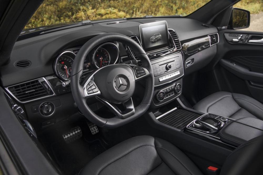 vô lăng Mercedes-AMG GLE43 9