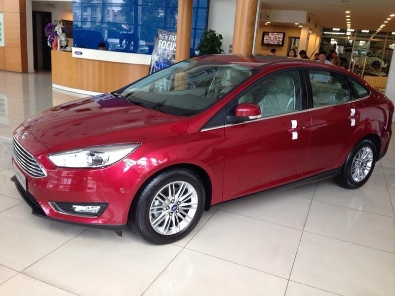 Nguyên nhân Ford Focus giảm giá ngang ngửa Toyota Vios nhưng vẫn ế.