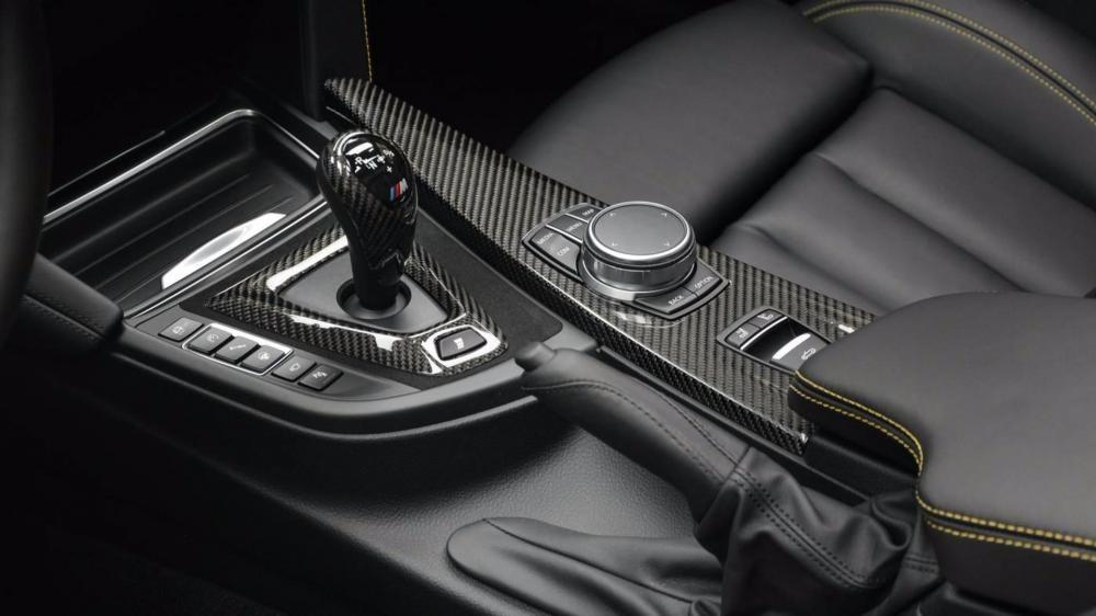cần gạt số BMW M4 Convertible Speed Yellow 12