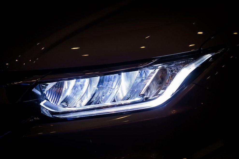 Hệ thống đèn LED nguyên bản trên xe Honda City 1.5TOP.