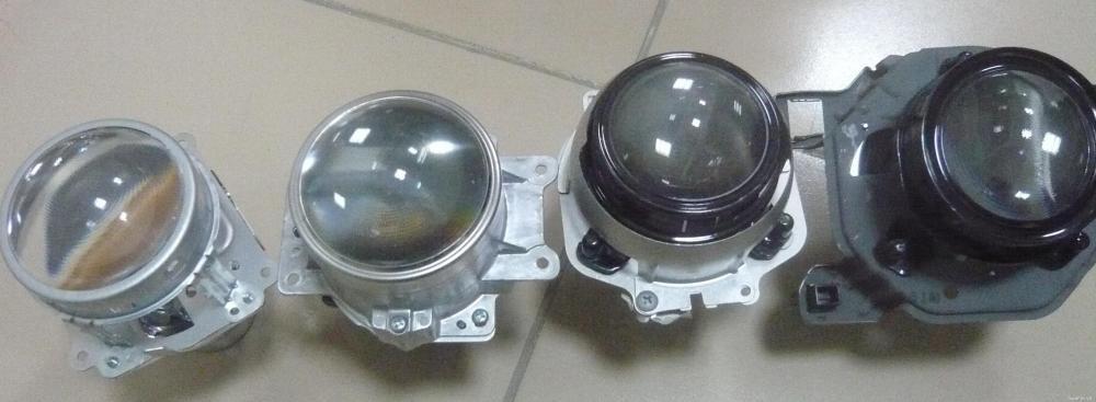 Các thấu kính dùng với bóng xenon được tháo xe.