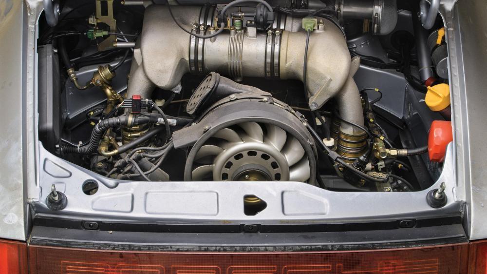 động cơ Porsche 911 Carrera RSR 8