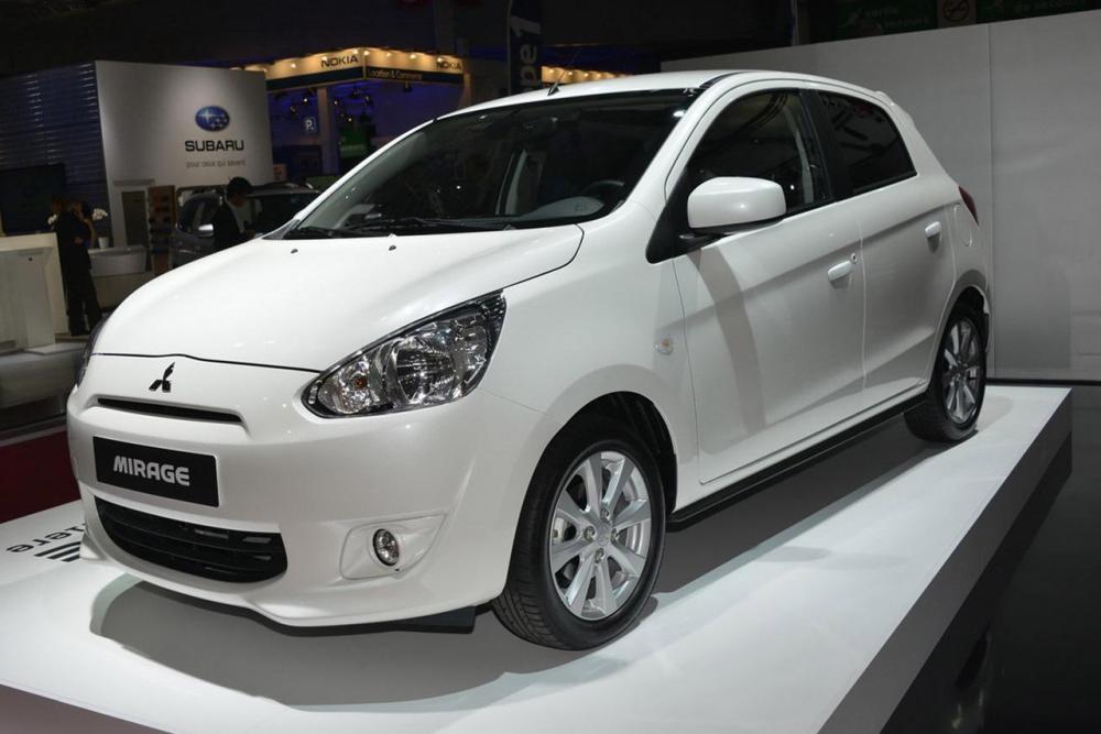 Những mẫu xe ô tô cũ giá 300 triệu đồng bền tiết kiệm xăng ít mất giá nên mua