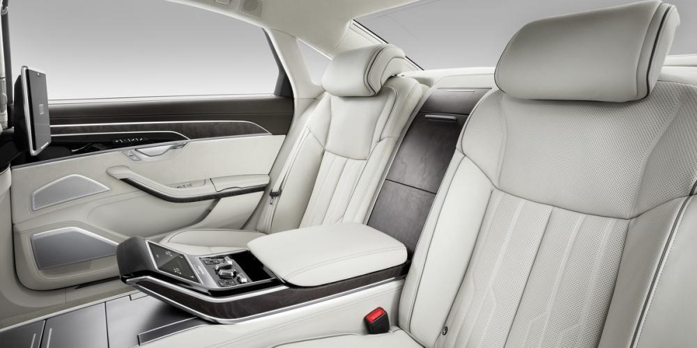 ghế sau Audi A8 2018 14