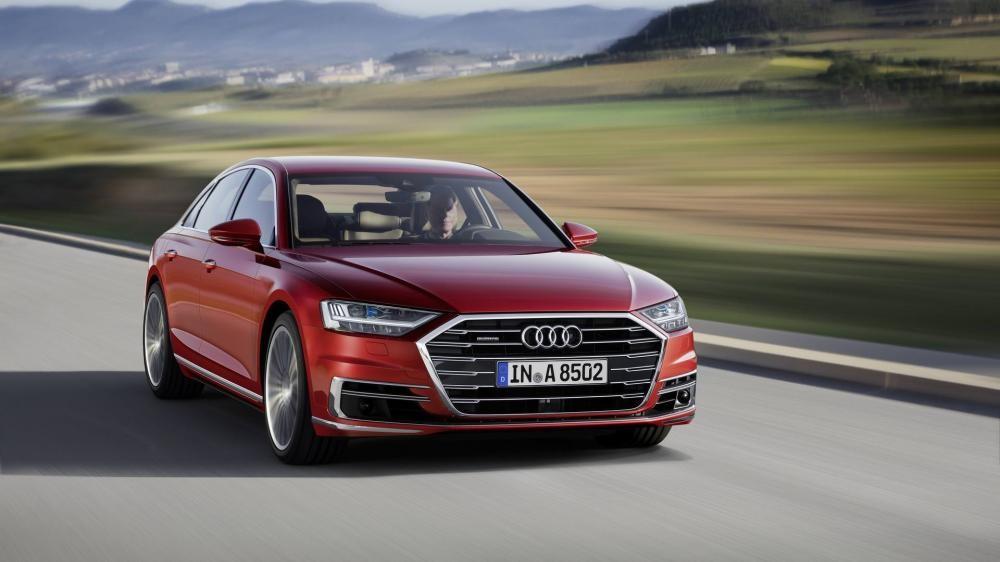 Audi A8 2018 trên đường chạy 6