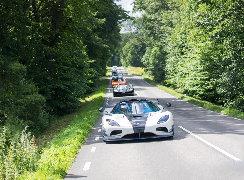 Chiêm ngưỡng dàn siêu xe Koenigsegg số lượng kỷ lục cùng tụ hội tại Thụy Điển 9