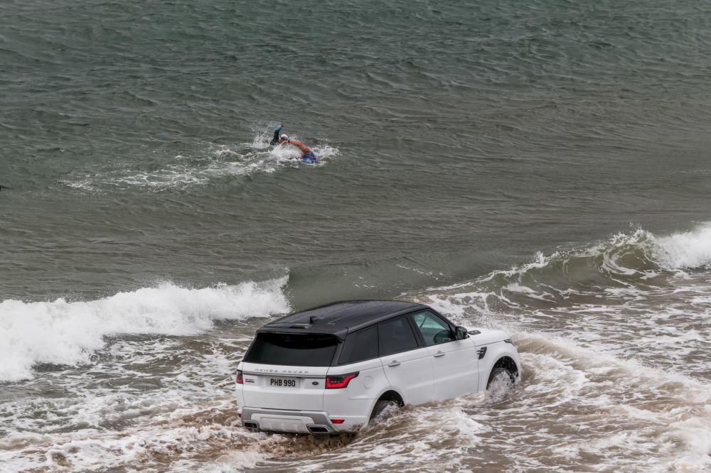 Range Rover Sport chạy điện