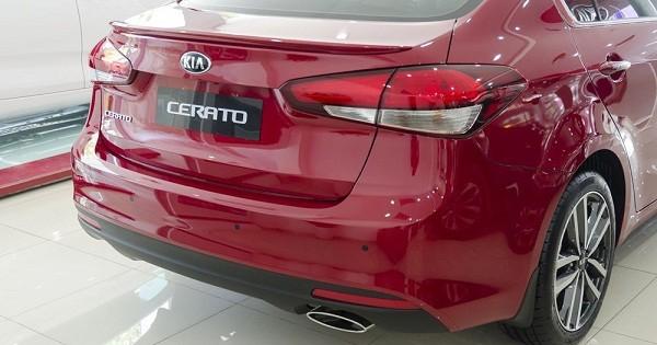 đèn hậu Kia Cerato 2017 11