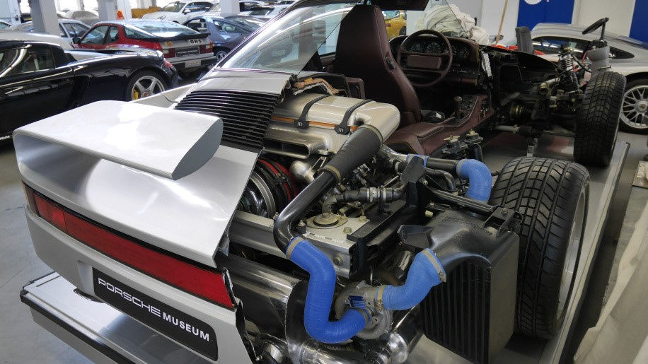 động cơ Porsche 13