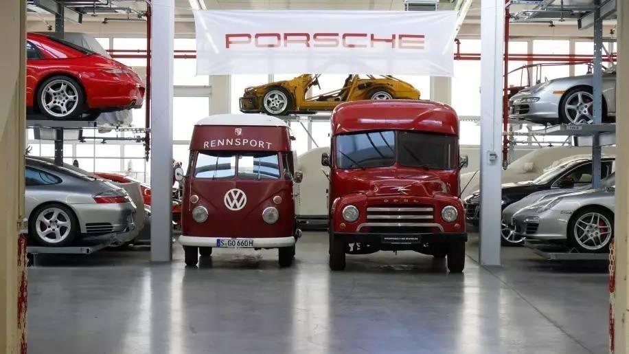Khám phá nhà kho bí mật chứa những chiếc Porsche cực hiếm 2