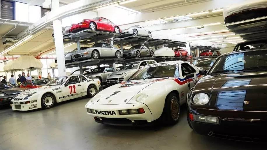Khám phá nhà kho bí mật chứa những chiếc Porsche cực hiếm 3