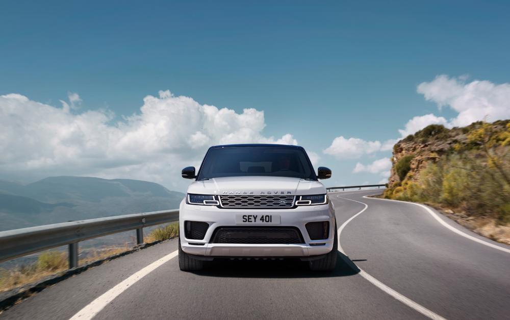 đầu xe Range Rover Sport 2018 màu trắng 11