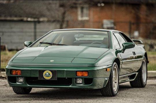 Lotus Esprit 11