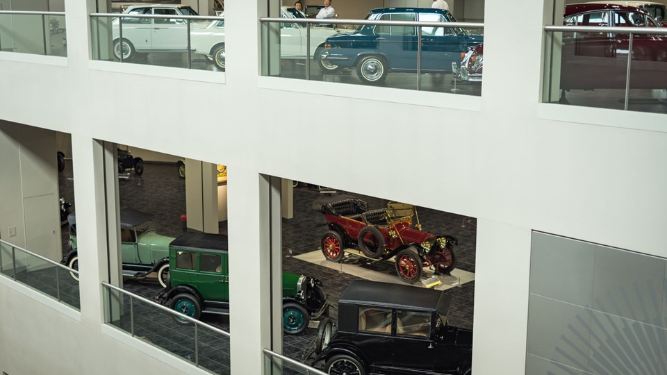 Ghé thăm bảo tàng ô tô của Toyota tại Nhật Bản 1