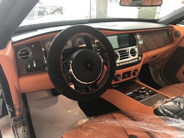vô lăng Rolls-Royce Dawn 8