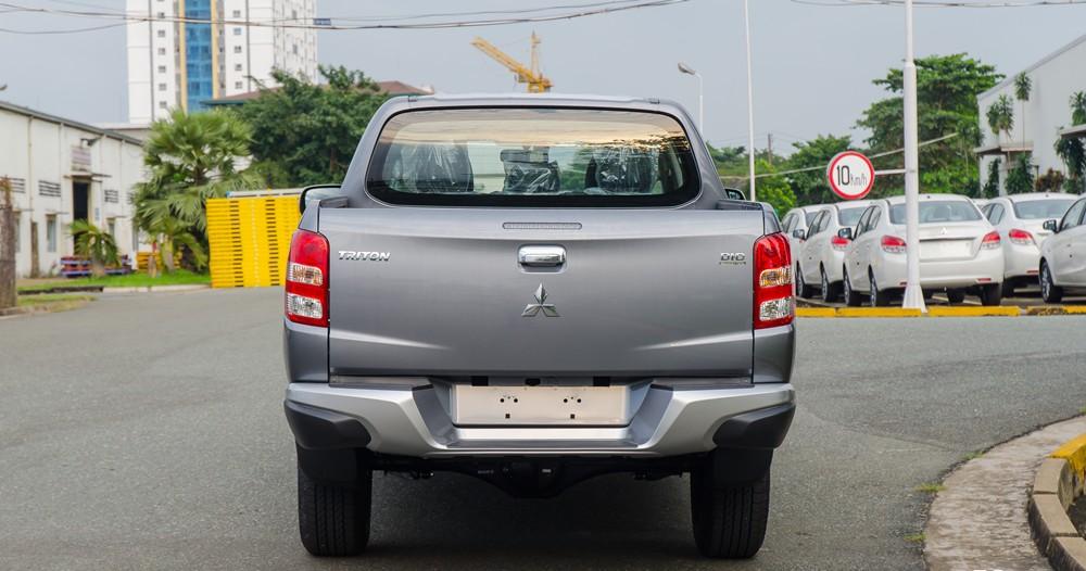 Đuôi xe Mitsubishi Triton 2017