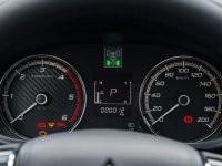 Cụm đồng hồ lái của Mitsubishi Triton 2017