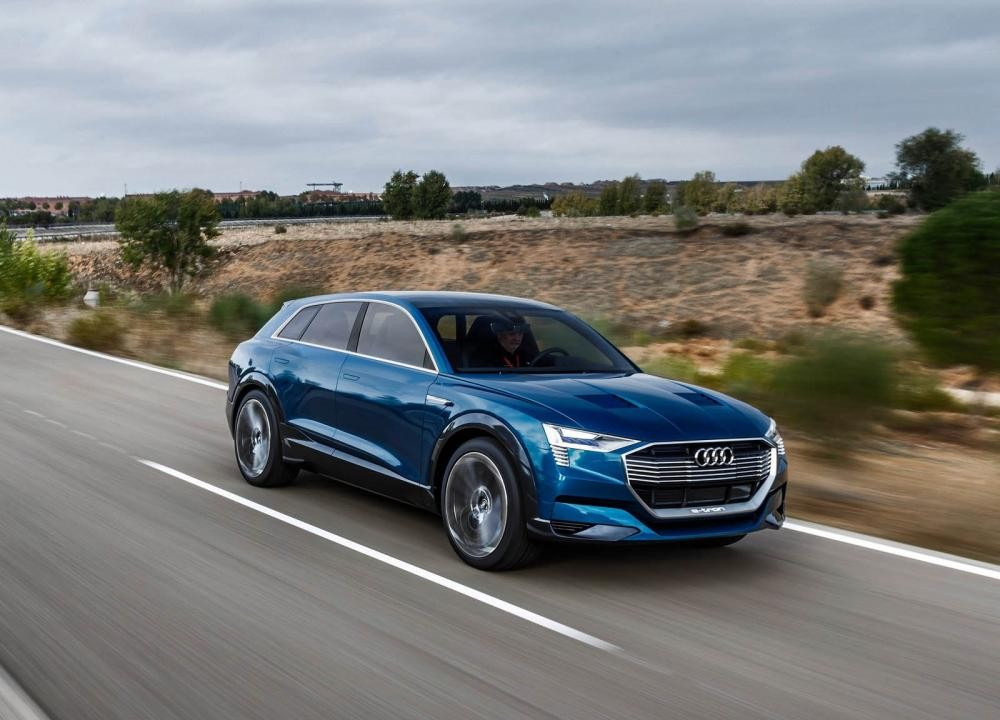 """Gặp gỡ"" mẫu coupe e-tron Quattro hiệu suất cao của Audi"