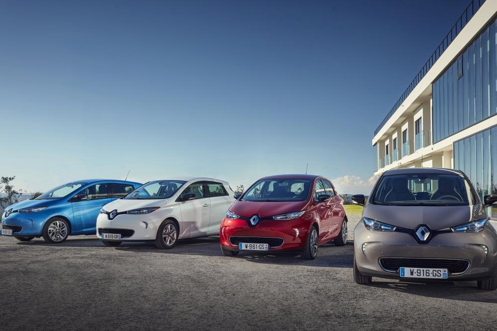 Renault mua cổ phần của công ty sạc điện thông minh Jedlix