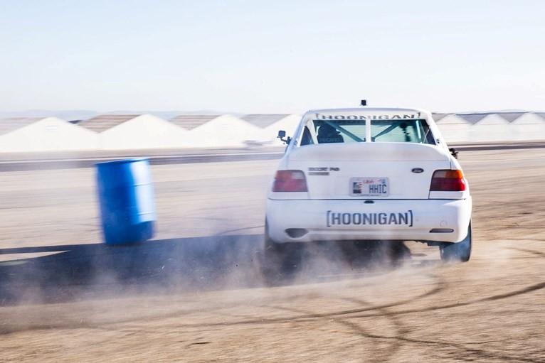 đuôi xe Ford Escort RS 4