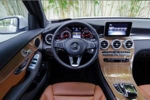 Cabin của Mercedes-Benz GLC-Class 2017