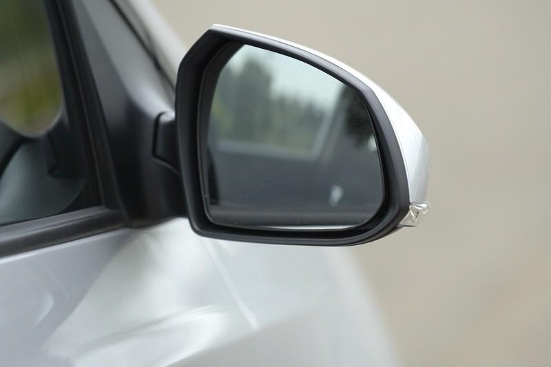 kính chiếu hậu Hyundai Grand i10 2017 7