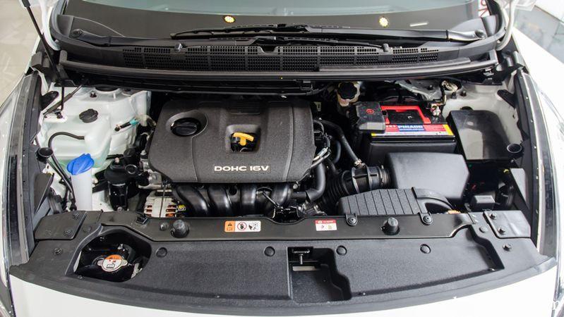 động cơ Kia Rondo 2017 19