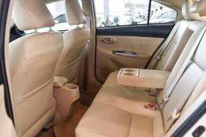 hàng ghế sau của Honda City 2017 và Toyota Vios 2017