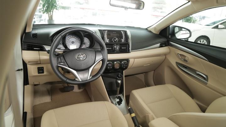 nội thất của Honda City 2017 và Toyota Vios 2017