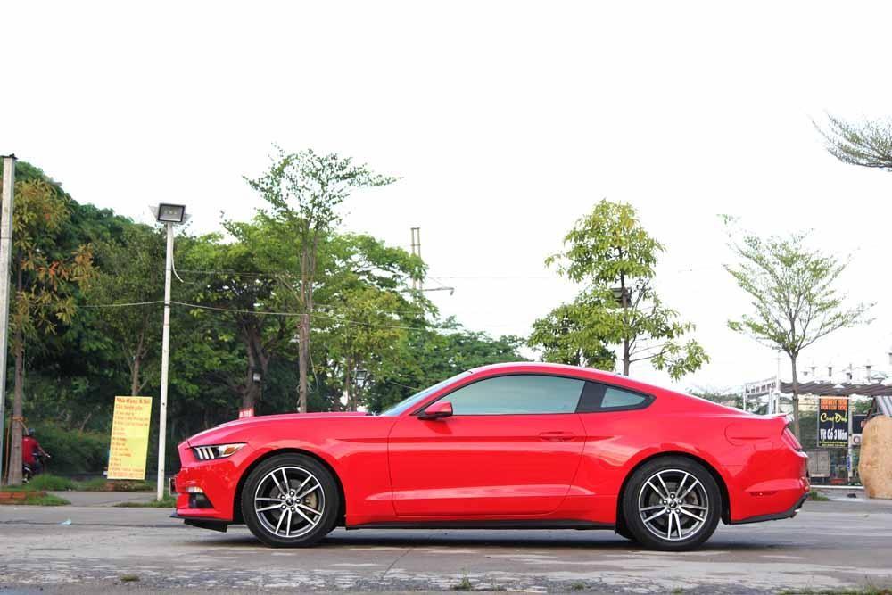 Đánh giá xe Ford Mustang 2015