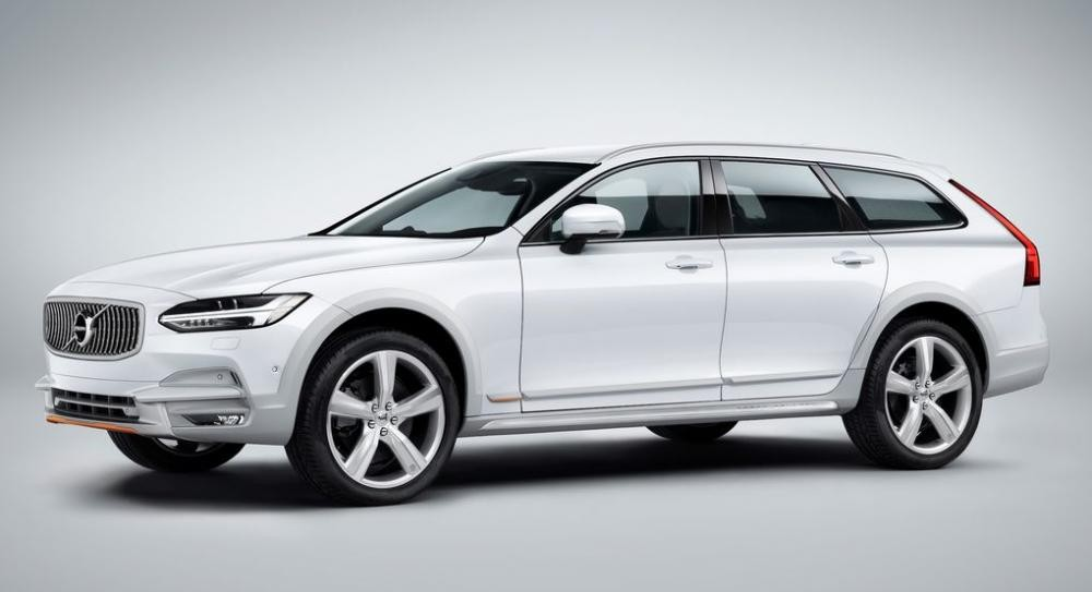 đầu xe Volvo V90 Cross Country Ocean Race 2
