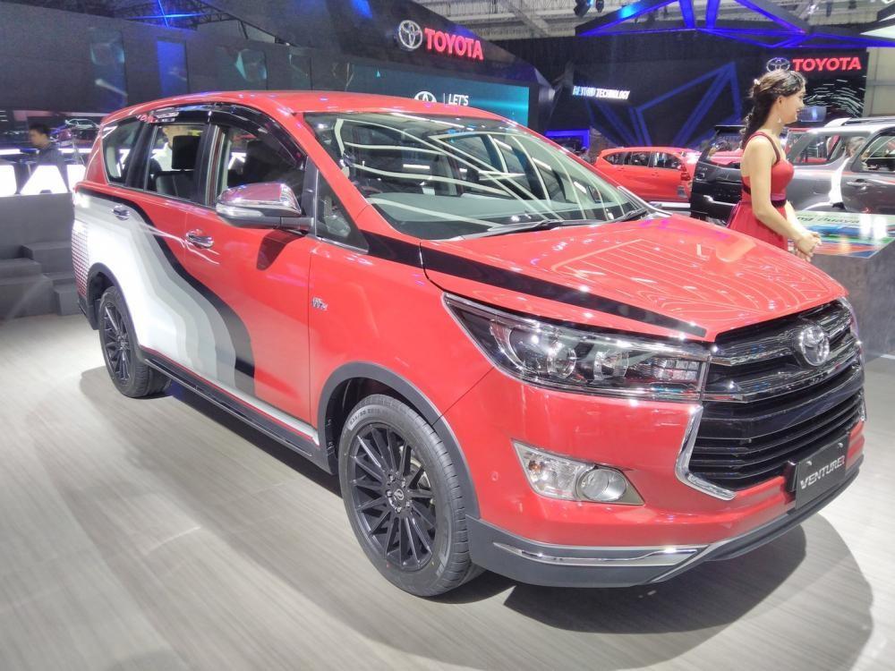 Toyota Innova Venture sắp được bán với giá 855 triệu đồng